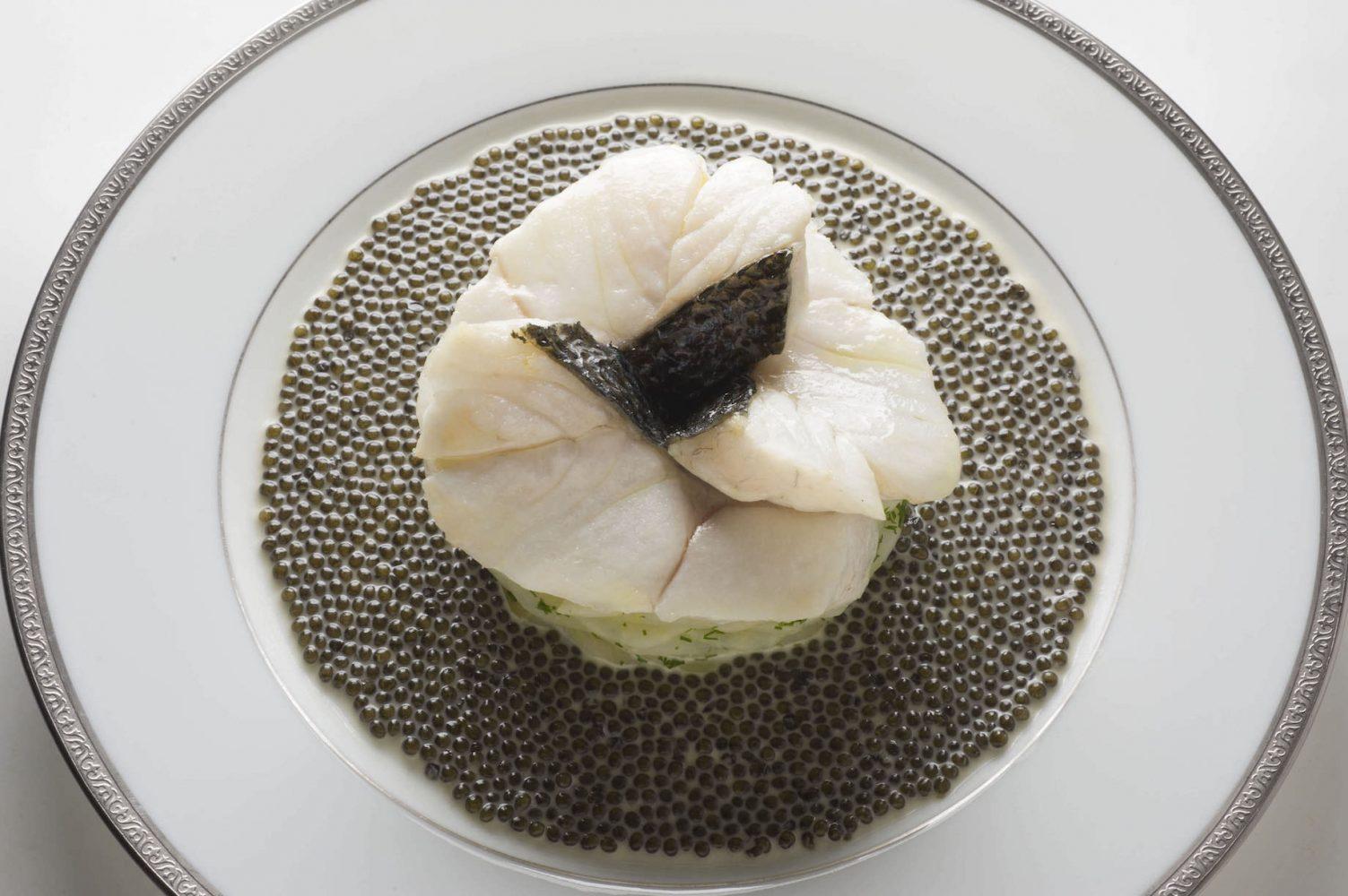 三ツ星レストラン「ランブロワジー」の美しい料理